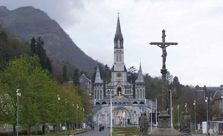 Pierwszy prezydent Francji w Lourdes