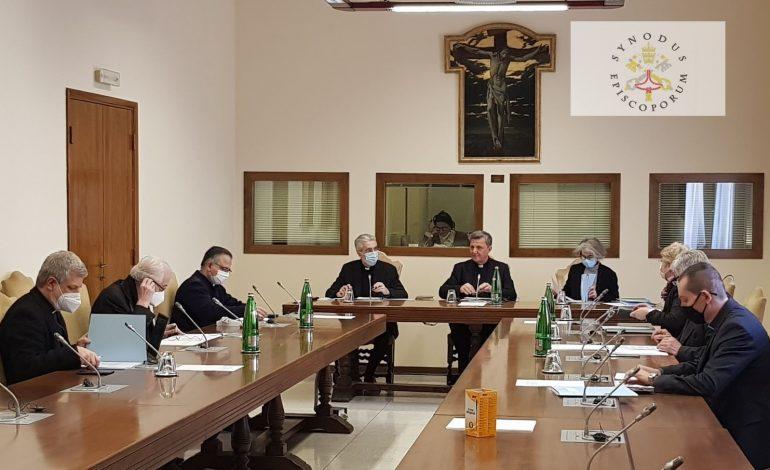 Komisje pomocnicze Synodu bez udziału Polek i Polaków