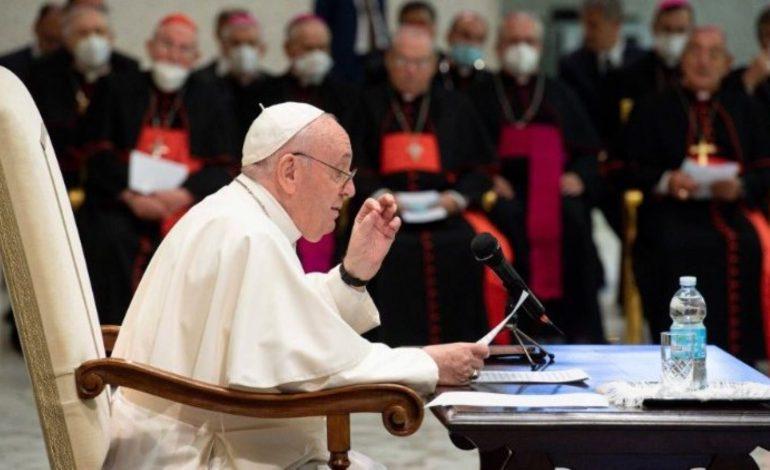 Franciszek: częścią synodu mają być też narkomani i wykluczeni